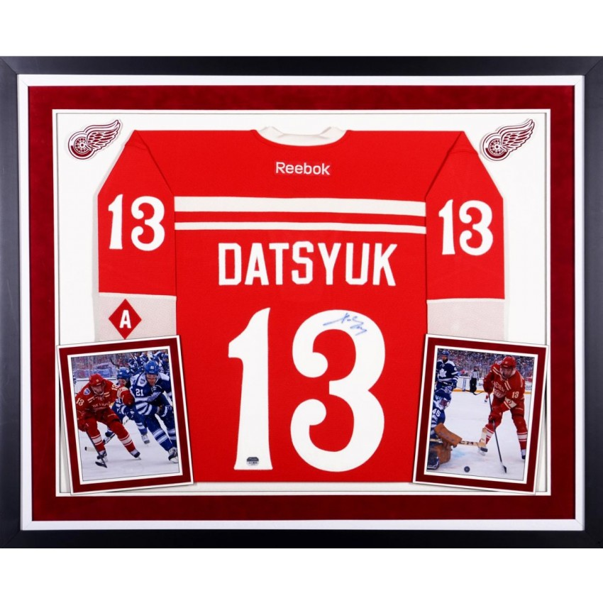Pavel Datsyuk Detroit Red Wings Autographed Deluxe Framed 2014 Winter  Classic Reebok Premier Jersey 8f767cae5d5