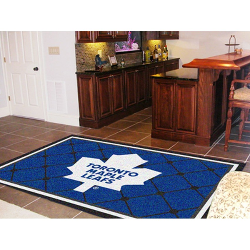Toronto Maple Leafs 5x8 Rug